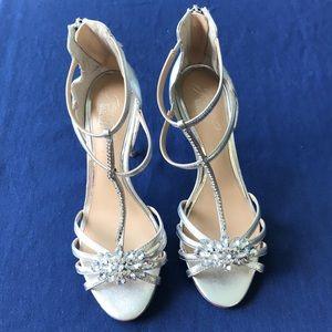 Jeweled Silver dress heels size 7